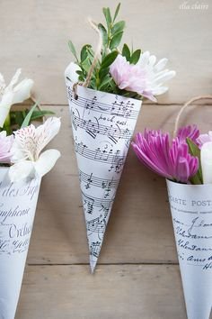Free Printable French Flower Cones perfect for May Day or Spring gift giving! We made the sheet music cones to hold blue hydrangeas blooms and attached to the end of benches for my daughter's outdoor wedding. They were gorgeous! Spring Crafts, Holiday Crafts, Fun Crafts, Diy And Crafts, Crafts For Kids, Paper Crafts, May Day Baskets, French Flowers, May Days