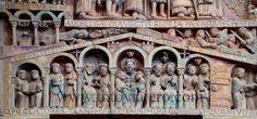 Abadía de Sainte Foy de Conques - Representación de la Jerusalén Celeste, detalle del tímpano de la portada occidental #saintefoy #conques #románico #francia #tímpano #escultura