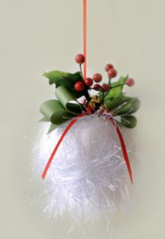 Yarn Crafting - Snowball - Bulky Weight [5] Fun fur Yarn