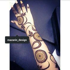 love the composition, fine/bold/negative-space Arabic Henna Designs, Modern Mehndi Designs, Mehndi Design Pictures, Unique Mehndi Designs, Henna Designs Easy, Mehndi Designs For Fingers, Beautiful Henna Designs, Henna Tattoo Designs, Bridal Mehndi Designs