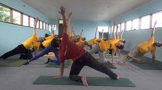 Prenatal Yoga: Balance your Energy and Balance the Mind - Vasishtasana