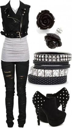 Edgy rocker girl on wish totally in love with this outfit Emo Outfits, Fashion Outfits, Womens Fashion, Biker Outfits, Fashion Ideas, Fashionable Outfits, Punk Rock Outfits, Gothic Outfits, Fashion Clothes