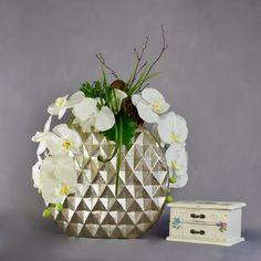 White Orchids in Aluminium Vase Orchid Arrangements, Artificial Flower Arrangements, Artificial Orchids, White Orchids, Vase, Cut, Luxury, Handmade, Crafts
