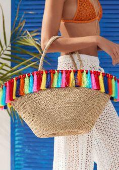 Shop The Look Image Summer Handbags, Straw Handbags, Diy Straw, Straw Bag, Finger Crochet, Diy Tote Bag, Art Bag, Boho Bags, Basket Bag