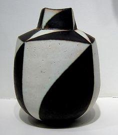 John Ward John Ward, Organic Lines, Stone Mosaic, Ceramic Artists, Glass Art, Polymer Clay, Sculptures, Black And White, Negative Space
