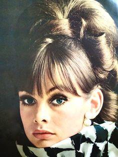 Jean Shrimpton Hair Tutorial