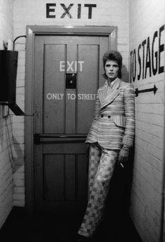 David Bowie, Rainbow Theatre in August 1972.
