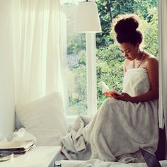 Natural hair - A Sunday is never lost without a good book.