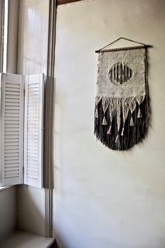 Woven Wall Hanging: Small Circle Tapestry Weaving in Neutrals (Black and Gray) with Hand Dyed Wool Yarn and Linen Thread