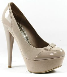I want these heels :(