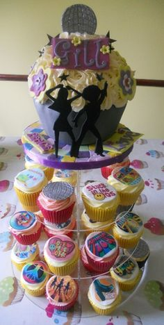 70's Inspired Cupcakes from Tracy's T-Cakes at Essex, U.K.