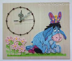 Papírvilág: quilled Eeyore clock / quilling Füles falióra