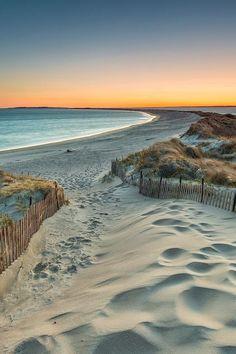 Napatree Point, Rhode Island photo on Sunsurfer