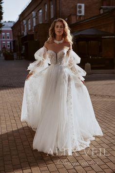Cream Wedding Dresses, Bridal Dresses, Prom Dresses, Girls Dresses, Flower Girl Dresses, Dream Wedding, Wedding Day, Lace Wedding, Pretty Dresses