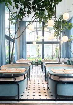 The contemporary dining venue Rockwell Glasshouse by in Makati made waves in the design world when it opened earlier this…