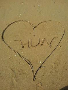 Hun heart on the beach