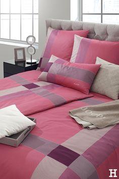 Think and dream pink in Joop!  #meinhöffi   #höffner #hoeffner #wohnen #möbel #wohnraum #wohndesign #wohnidee Think, Home Furniture, Pillows & Throws, Mattress, Bedroom, Home Goods Furniture, Home Furnishings, Furniture, House Furniture