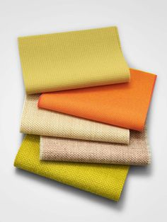 Warm shades of the Hallingdal textile