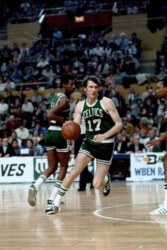 John Havlicek: 20 NBA Stars Who Played Their Entire Career With One Team | The Fumble