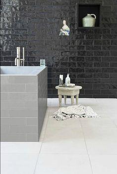 droombadkamers prachtige badkamers slaapkamer badkamer beneden zwarte tegels grijze tegels