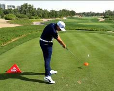 Rickie Fowler sets up to the ball in perfect posture, bent forward from the hips keeping his spine nice and straight, flexed at the knees. Golf Driver Swing, Golf Drivers, Rickie Fowler Swing, Golf Basics, Good Traits, Perfect Posture, Golf Videos, Golf Lessons, Best Player