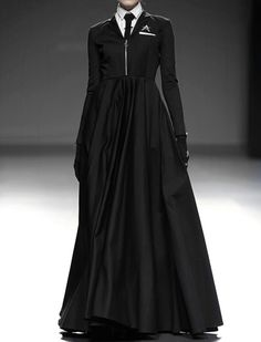 fashion Model black Leather darkness goth gothic nu goth dark fashion all black gothic fashion Podium all black everything dark beauty nu goth fashion Looks Style, Looks Cool, Dark Fashion, Gothic Fashion, Steampunk Fashion, Emo Fashion, Trendy Fashion, Style Haute Couture, Style Noir