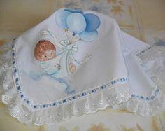 Colcha Bebê com Balões Fabric Painting, Baby Quilts, Napkins, Barbie, Fashion, Baby Clothes Girl, Baby Coming Home Outfit, Baby Painting, Baby Sheets
