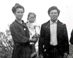 Maude Jacobs Douglas, Grace Douglas, and Irvin (Pop) Douglas circa 1906, Fort Lowel, Tucson, AZ.