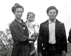 Maude Jacobs Douglas, Grace Douglas, and Irvin (Pop) Douglas circa 1906, Fort Lowel, Tucson, AZ.