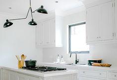 White Kitchen, Kitchen Cabinets, Cabinet, Home Decor, Kitchen, Kitchen Gallery, Splash, Inspiration, Caesarstone