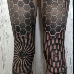 """blackworkers_tattoo: """"Tattoos by @nissaco #blackworkers #blackworkers_tattoo #tattoo #bw #blackwork #blacktattoo"""""""