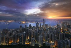 12 Expert Tips For Photographing Cityscapes At Night