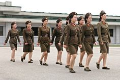 Women Soldiers of North Korea. In early 2015, the government decided to make military service mandatory for all women. The intention is to improve the country's dwindling military forces. For women ages 17 to 20 who have graduated from middle and high school, enlistment is a requirement. Prior to 2015, women only served on a voluntary basis, whereas men have always been forced to serve. (V)
