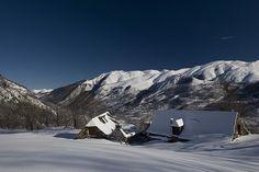 Granges de Nabias à Val Louron, via Flickr.