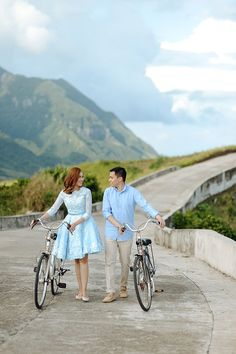 Danial and Diana's ethereal engagement shoot at Batanes photographed by Jaja Samaniego. Bike Photoshoot, Couple Photoshoot Poses, Pre Wedding Photoshoot, Pre Wedding Shoot Ideas, Wedding Picture Poses, Wedding Blog, Engagement Photo Outfits, Engagement Shoots, Prenup Outfit