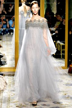 Marchesa Spring 2012 Ready-to-Wear | Wedding Inspirasi