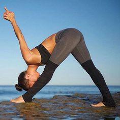 1/2 & Half - Neutrals #yoga #yogapants #leggingsarepants #leggings #YogaRoutinesandPoses