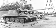 The Rhm-Borsig Waffentrager was a prototype built out of desperation to help stop the Russian advance with a large 128mm gun mounted to a chassis that provided very light armor protection for it's crew in which few were ever put into service due to poor handling and weight.