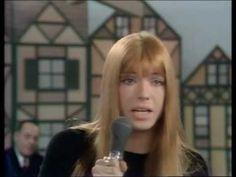Sie singt seit mind. Mitter der 1960er-Jahre, ihre ersten beiden Singles ('Irgendwo, Irgendwie' [1965], 'Wo ist das Schiff [1966]) blieben erfolglos, aber 1969 ging's dann so richtig los ... Heute feiert sie Geburtstag. Happy happy birthday Katja Ebstein (* 9. Maerz 1945)! #music
