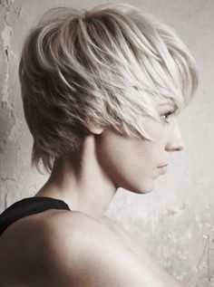 Choppy Layered Short Haircuts for Mature Women            I GETEN MATURE ITS TIME LOVEN THIS DO