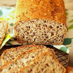 Domowe kajzerki | Smaczna Pyza Graham, Banana Bread, Baking, Desserts, Food, Tailgate Desserts, Deserts, Bakken, Essen