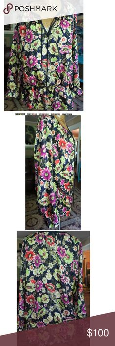 Johnny was L silk floral peasant top Gorgeous silk size large Johnny Was peasant dark romantic floral top Johnny Was Tops