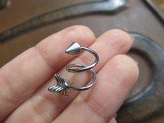 16 Gauge Double Helix Arrow Twist Piercing Ring by Azeetadesigns