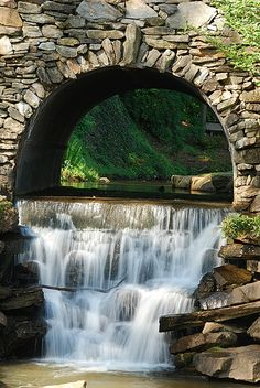 Arch Waterfall, Greenville, South Carolina; two of my favourite things...waterfalls and arches.