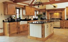 Stunning classic country kitchen in Stoneham Penshurst #traditional #beautiful