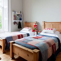 Cosy twin beds - boys room