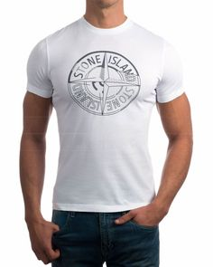 Camisetas Stone Island - Blanco Stone Island T Shirt, Stone Island Clothing, Man Close, Island Outfit, Teen Fashion, Graphics, Studio, Mens Tops, Shirts