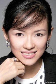 Zhang Ziyi - 'The Grandmaster' LA Premiere - Red Carpet Fashion Awards Zhang Ziyi, Rotten Tomatoes, Asian Celebrities, Asian Actors, Celebs, Asian Woman, Asian Girl, Berlin Film Festival, Michelle Yeoh