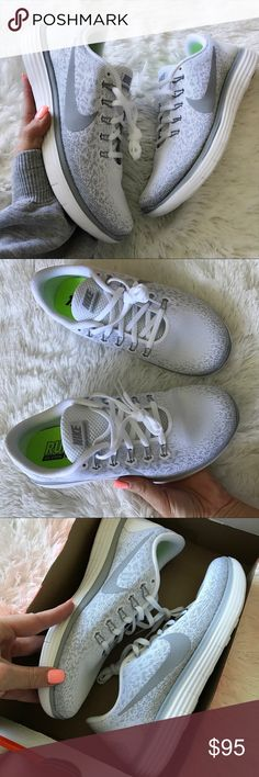 NEW  NIKE FREE RUN DISTANCE SIZE 9 WOMAN YOUR FAVORITE, NIKE FREE RUN! New never worn NIKE FREE RUN DISTANCE SZ 9 WOMENS.  FASHION & FUNCTION JOIN FORCES! TAKE YOUR DAILY RUN TO THE NEXT LEVEL OF COMFORT, OR JUST LOOK GREAT RUNNING AROUND TOWN! FULL
