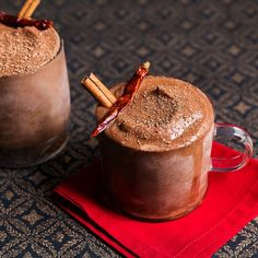 Frozen Mexican Hot Chocolate - We're giving hot cocoa the cold shoulder in the best way possible: with the addition of ice, cinnamon, cayenne and tequila for a frozen hot chocolate with a Mexican twist. Dark Chocolate Recipes, Frozen Hot Chocolate, Mexican Hot Chocolate, Frozen Drinks, Frozen Desserts, Party Dishes, Tasting Table, Yummy Drinks, Fiesta Party